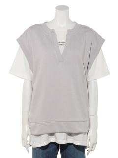 Tシャツ+Vネックトレーナー