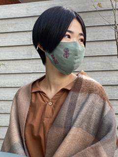 【洗えるマスク・接触冷感・消臭効果・抗菌効果・紐長さ調整可能】フラワーダンス刺しゅうマスク